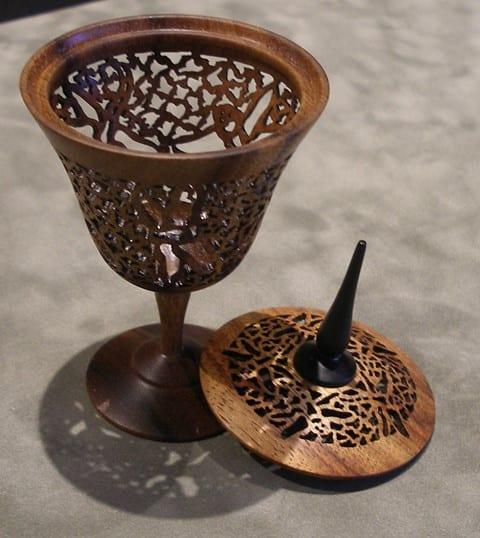 Dragonfly Lidded Koa by Pat and Peggy Bookey