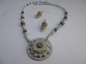 desert sand necklace earrings jewelry murano lampwork glass beads venita simpson