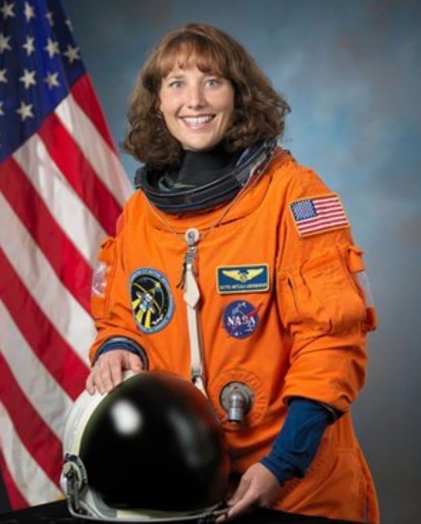 astronaut dorothy metcalf-litzenburger teacher geologist mission specialist