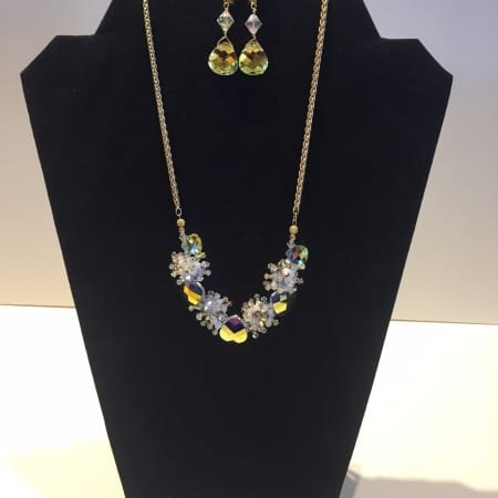 Necklace & Earrings Set - Glamorous